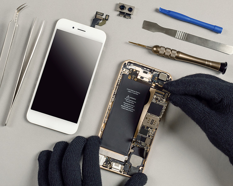 Disassembling a cell phone